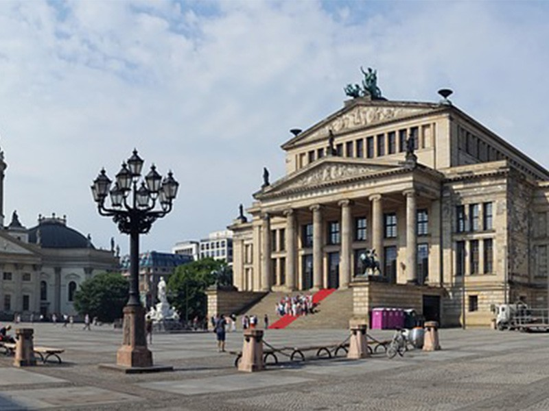 day 1 panorama gendarmenmarkt berlin germany